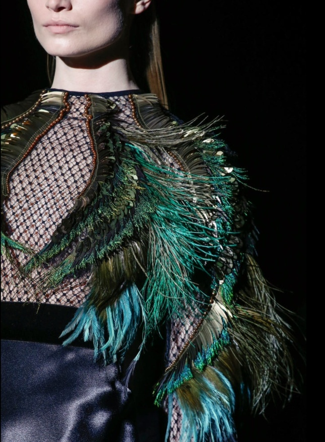 Detalle Gucci Fall 2013. Fuente: Style.com